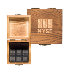 IE Whiskey Stone Set-NYSE Thumbnail